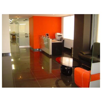 Oficinas locales comerciales arquitectura dise o y for Diseno locales comerciales